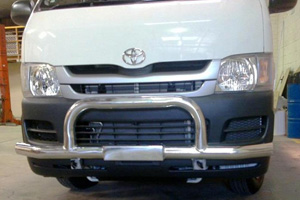 Toyota Hiace Type 10 Alloy Nudge Bar